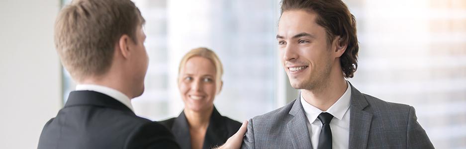 Entenda o conceito de promoção horizontal e vertical e como usá-los numa gestão
